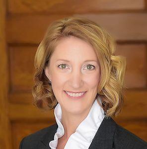 Jennifer Schultz's headshot.'